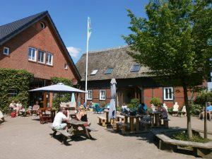 Entspannen im Bremer Blockland: Nicht nur bei schönem Wetter lockt das Café mit leckerem Bioeis.