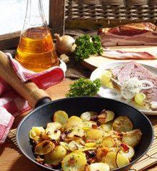 Bratkartoffeln-mit-Suelze.jpg