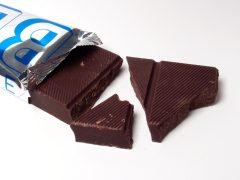 Worin unterscheiden sie sich Schokolade, Kuvertüre und Kakaoglasur