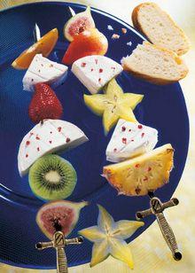 Fruchtspiesse-mit-Camembert.jpg