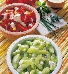 Gurken-und-Tomatensalat-220x309.jpg