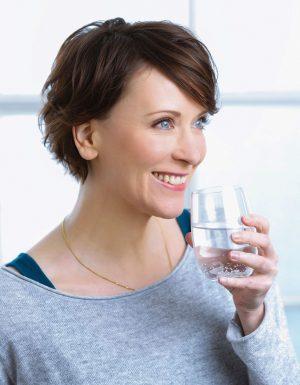 Gute Calciumquellen: Heilwässer ab circa 250 mg Calcium pro Liter