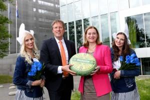 Jan Roelofs Beemster NL Botschafterin Monique van Daalen Quelle Meike Wirsel-Beemster