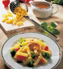 Roehrchen-Broccoli-Kaesesauce-220x307.jpg