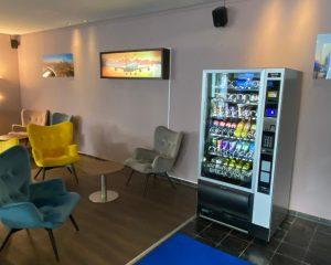 Hotel Snackautomaten: Flavura Snackautomaten im Flughafenhotel FrankAir Star Hotel Frankfurt Airport