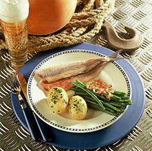 Matjesfilets mit SpecksTippe, grünen Bohnen und Pellkartoffeln