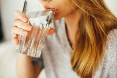 Trinktipps bei Hitze: auf Mineralstoffe achten