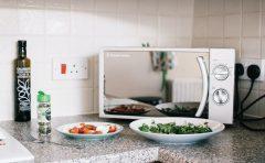 Welche Lebensmittel dürfen nicht in die Mikrowelle?