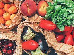 Gesund und fit im Alter: Mittelmeerkost fördert Darmflora