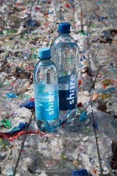 recycelte Wasserflasche